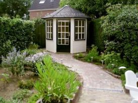 Prima Leonie Octagonal Cabin
