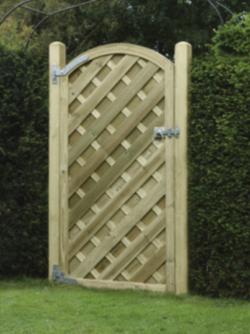 V Arched Gate